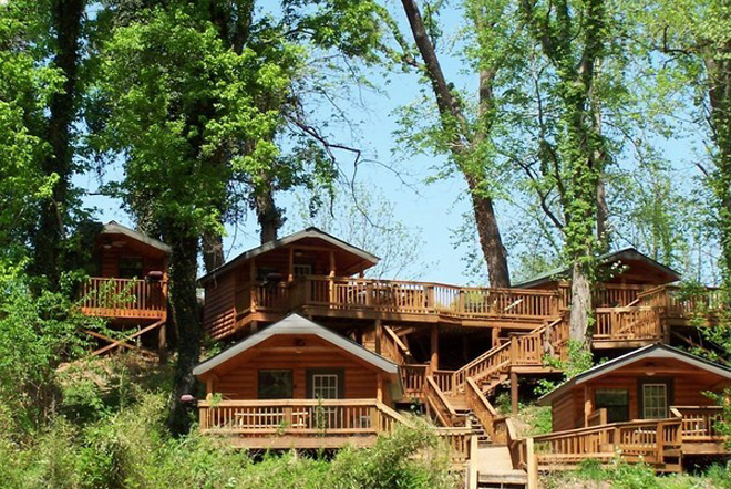 Lodging in and near White River Arkansas